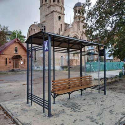 Автобусна зупинка із  монолітного полікарбонату