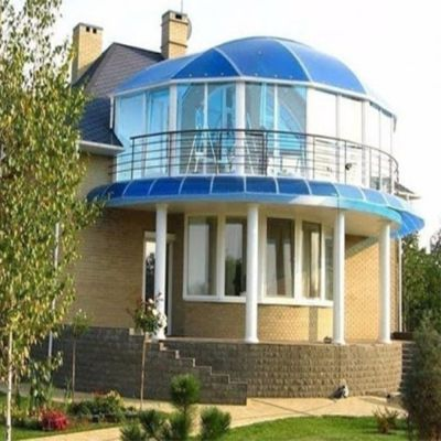 Балкон із стільникового полікарбонату